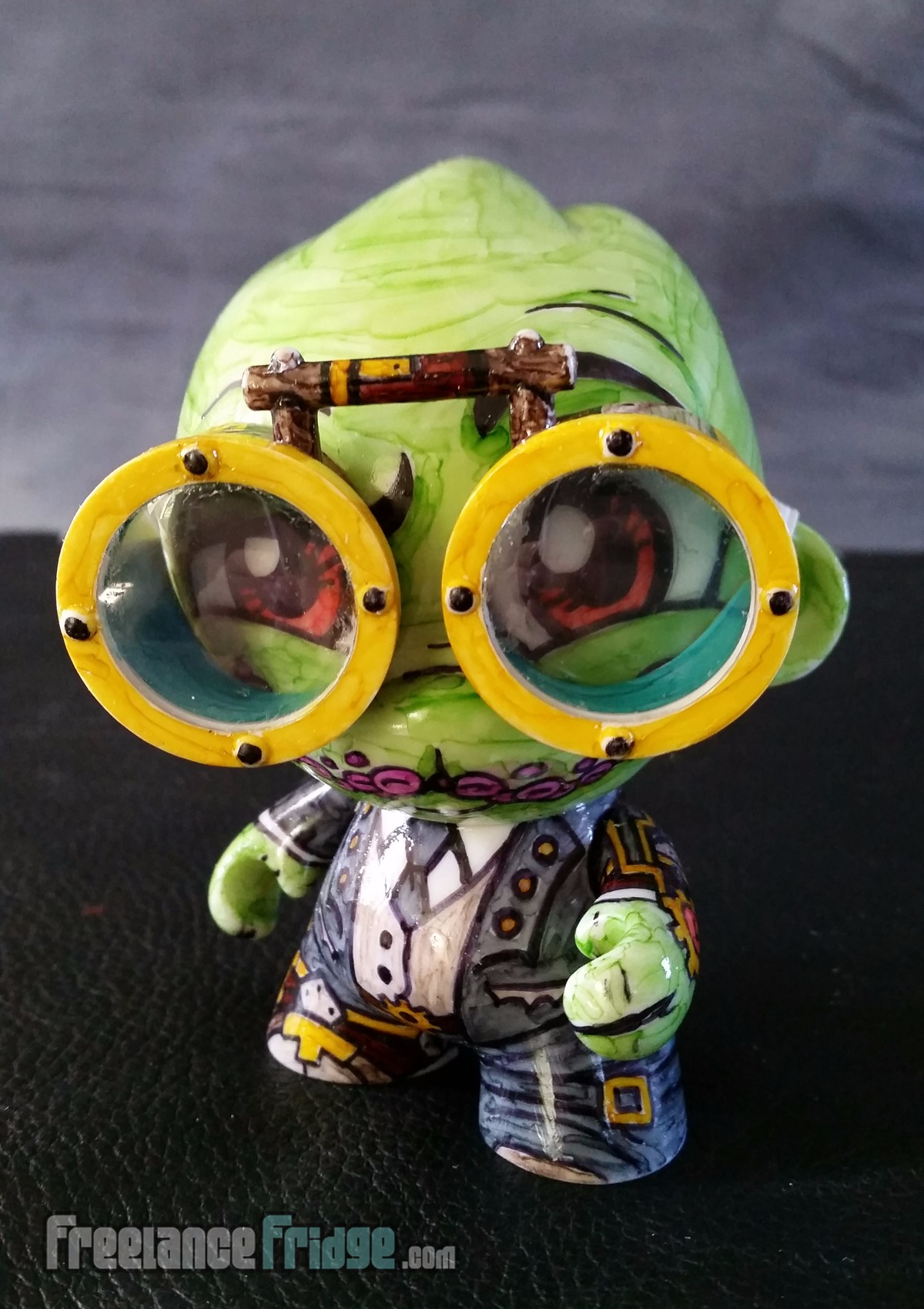 Steampunk Cthulhu with Goggles Custom Drawn KidRobot Foomi Munny Vinyl Character 4 front view wearing goggles
